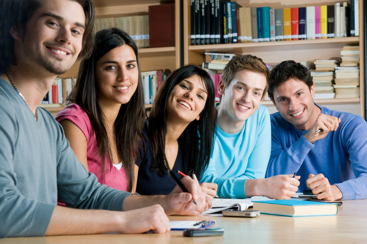 Know the Efficacious Ways to Learn and Be Fluent In English