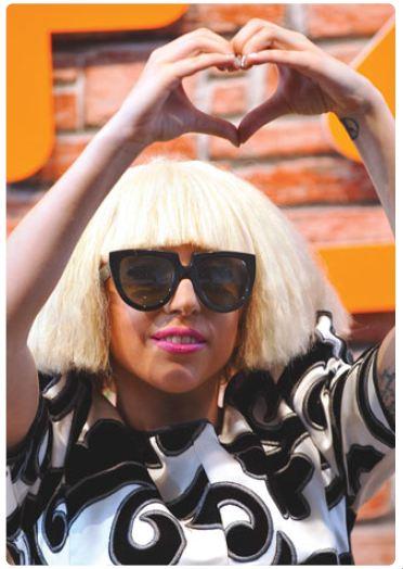 Gaga Over Gaga 15